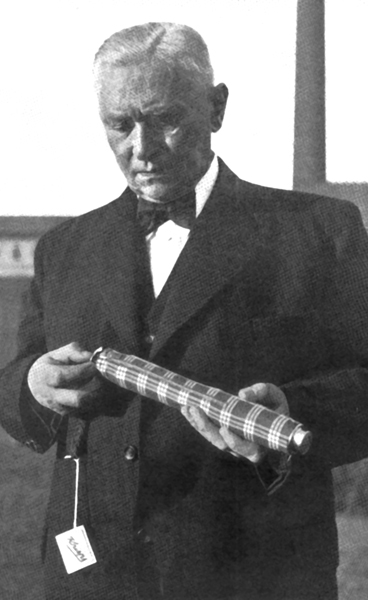 The inventor of the foldable umbrella